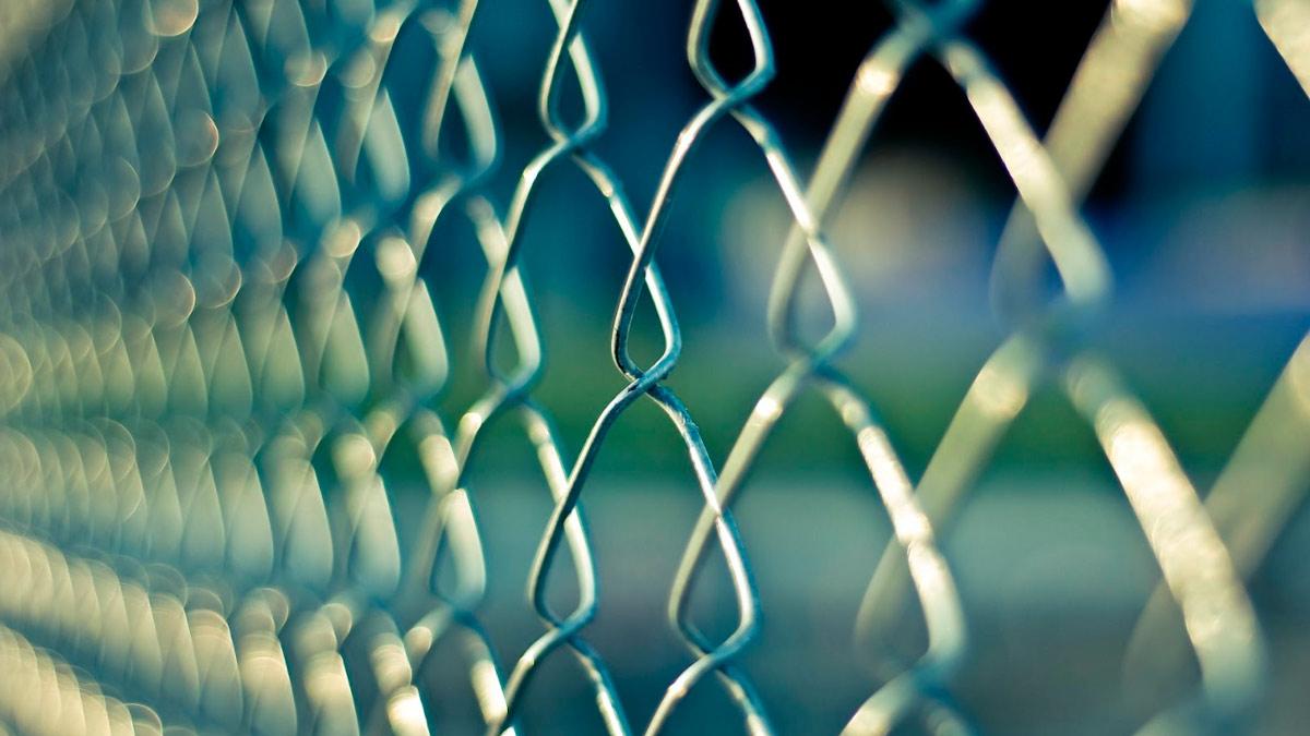 Sognando di imprigionare un amico